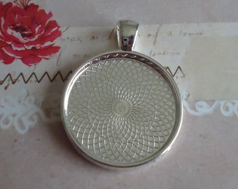 30 Shiny Silver Plated 1 inch Circle Pendant Tray Blanks for DIY Pendants