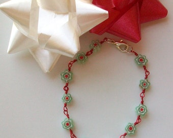 Christmas Millefiori Snowflake Wire Wrapped Link Bracelet - 8 Inch
