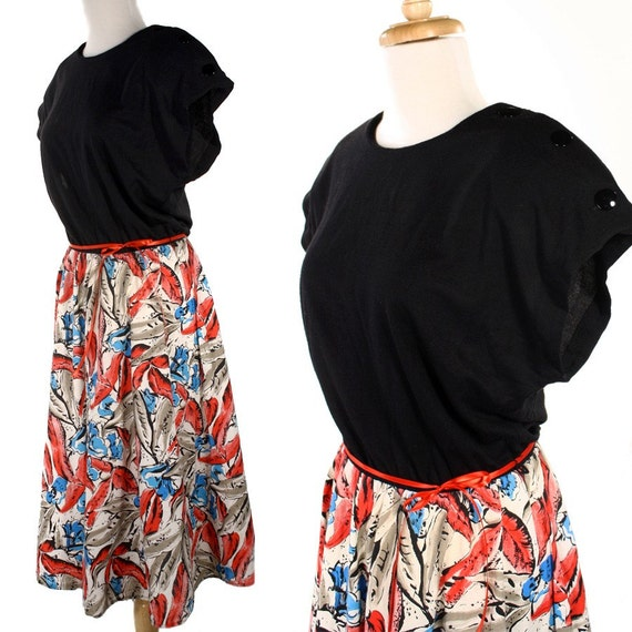 Watercolor Splash Vintage Dress with Very  Full Skirt - sz M / L