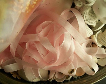 Vintage- Seam Binding - Pale Orchid Pink-Ribbon-Silky