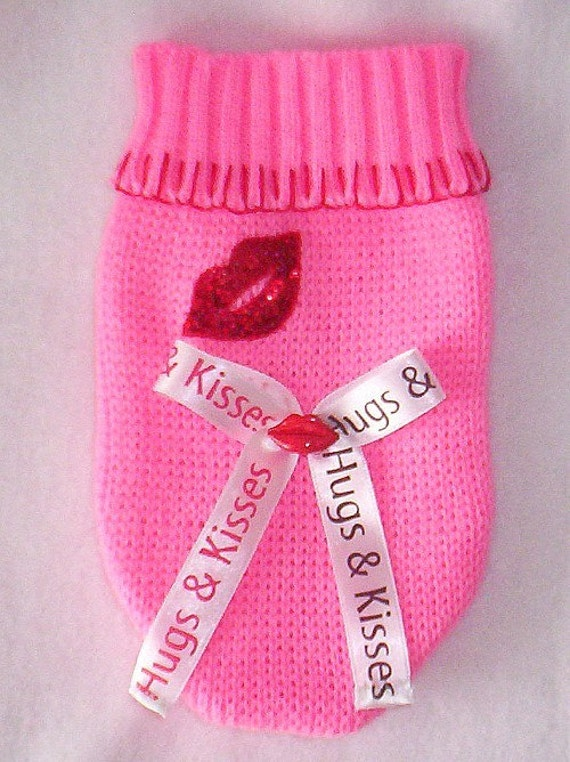 Pet Clothes Pink Kiss Chihuahua Puppy Dog Sweater