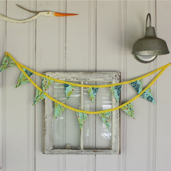 SALE 50% off - Mini Bunting or Pennants Flags with Anna Maria Horner Fabric