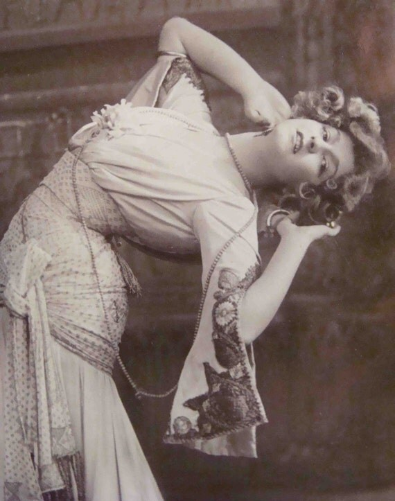 Circa 1920s Unused Real Photo Post Card Of Miss Gabrielle Ray As Frou Frou In The Merry Widow