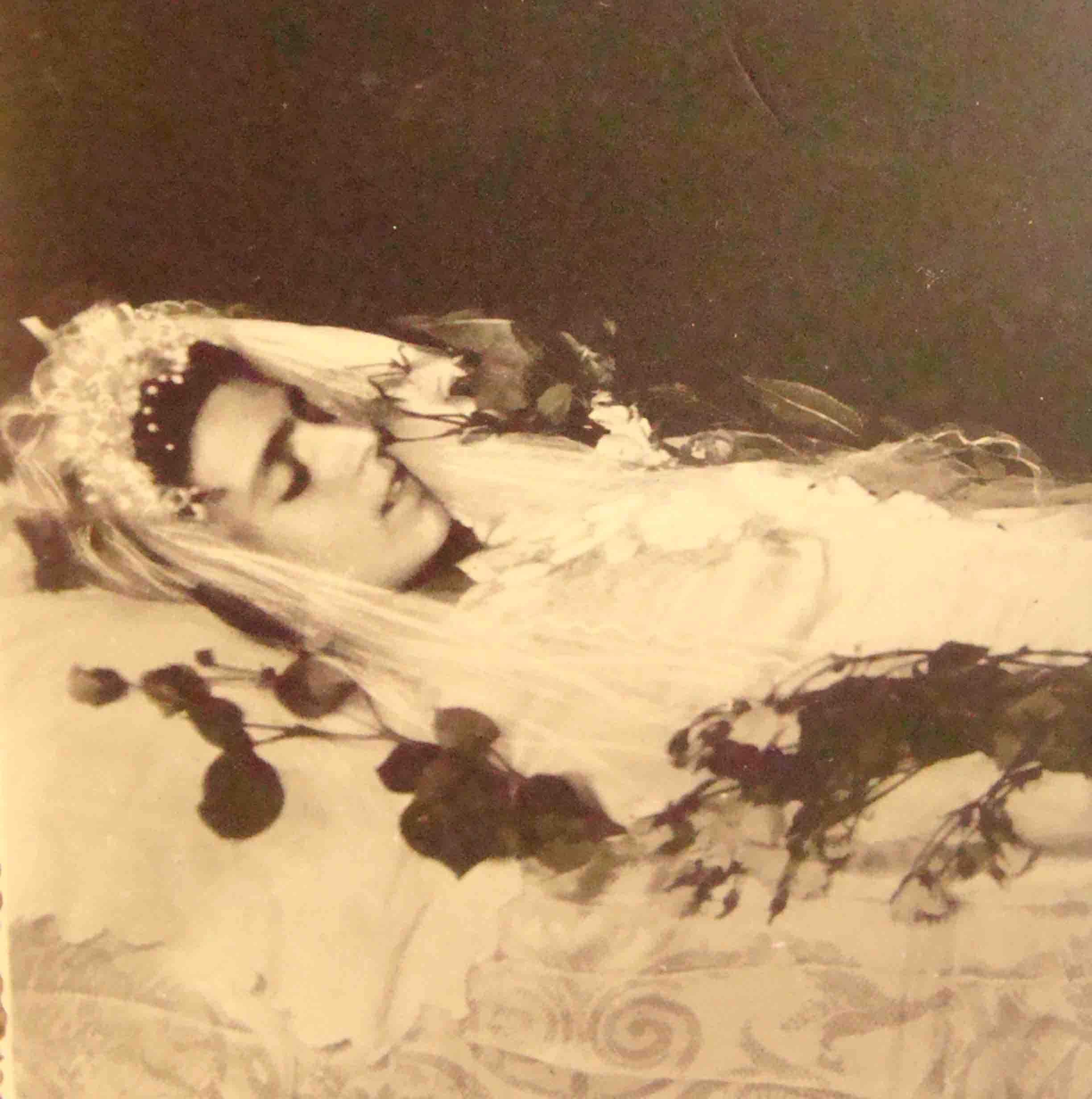 Circa 1920s Most Unusual Beautiful Post Mortem Real Photo Post