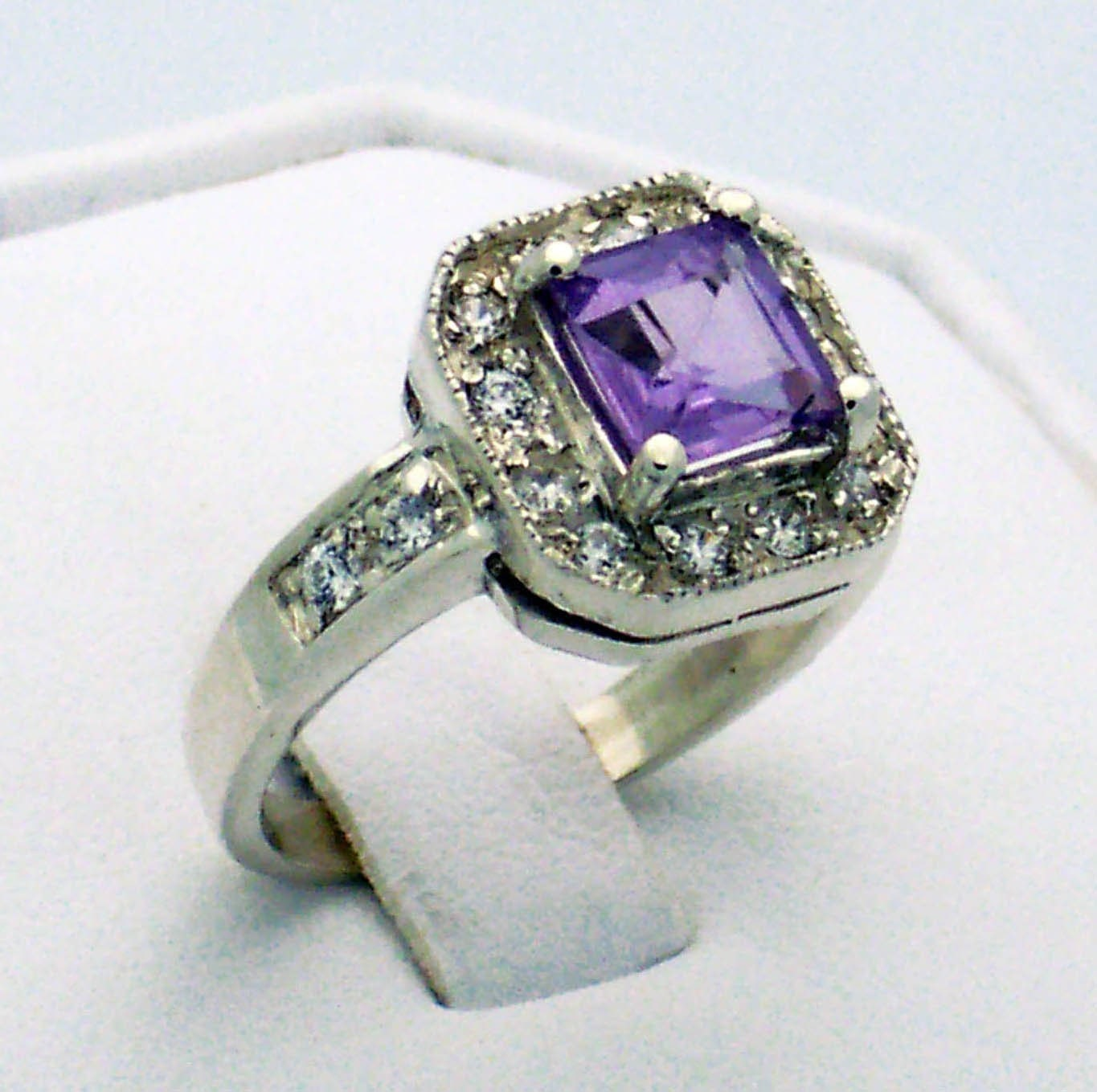 princess cut pale amethyst ring in sterling silver