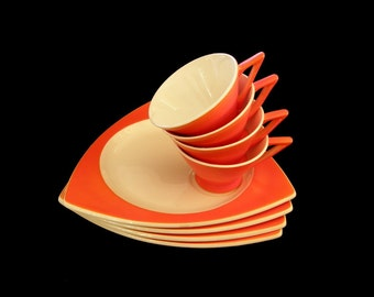 Rare Atomic Art Deco Luncheon Set for 4: Salem Tricorne Sandwich Plates & Streamline Cups in Mandarin Orange