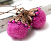 Copper Fiber Earrings, Fuchsia Pink Felt, Antiqued Copper, Teal Tiny Glass Beads, Neon Jewelry, Floral Fashion