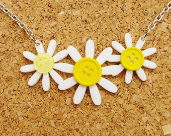 Daisy Daisy Acrylic Necklace