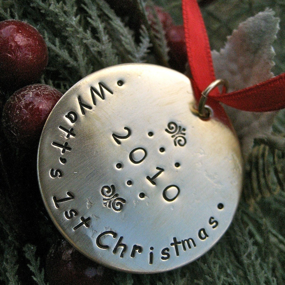 Baby 39 s first christmas custom ornament for Personalized christmas photo ornaments