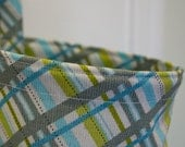 Gray and Green Plaid Nursing Cover