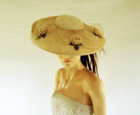 1970s Romantic Vintage Straw and Roses Bridal Hat