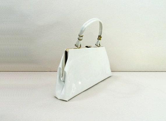 1960s Vintage Purse / 60s Vintage White Bag / Top Handle