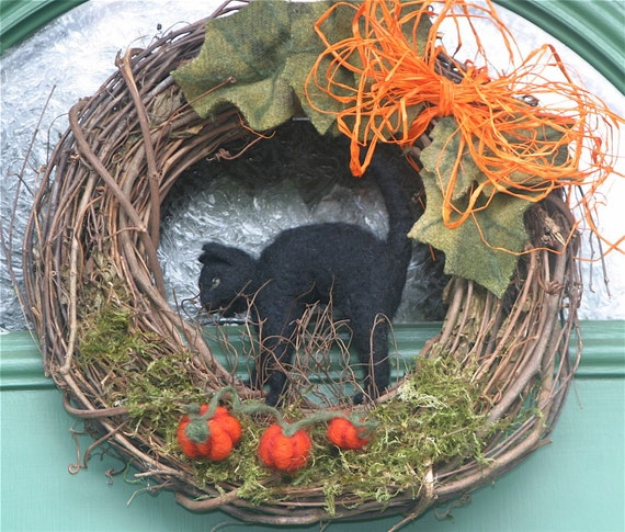 Halloween Black Cat in the pumpkin patch... 12 inch Fall Wreath needle felt Custom Wreath made to order (woolcrazy)