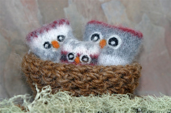Owl Nugget Family in their nest that turns into a carrying bag ... eco friendly wool (woolcrazy)