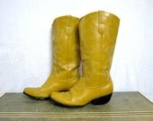 VIntage yellow ochre women's cowboy boots