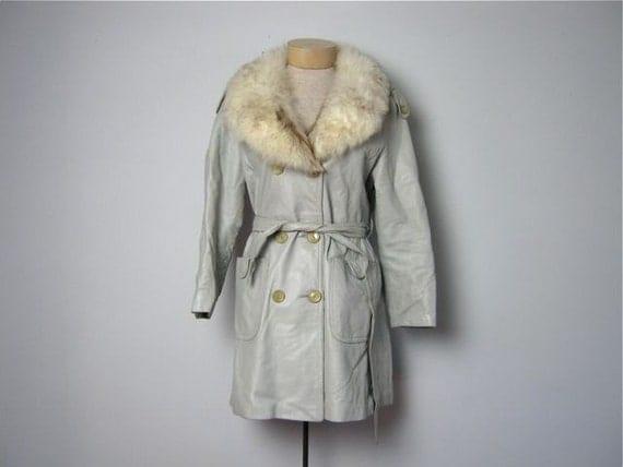 vintage fur collar coat / 1960s coat / Gray Fox Coat