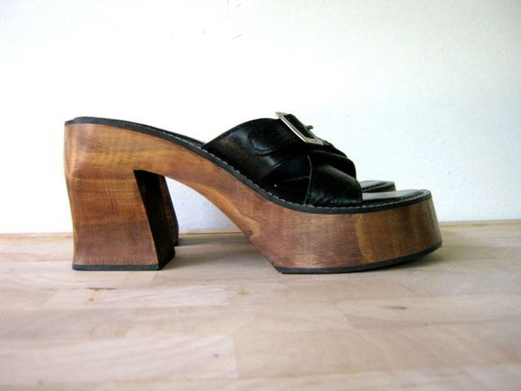 vintage 90s chunky faux wooden black leather platform sandals