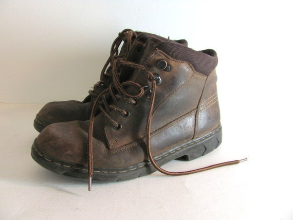Vintage brown lace up hiking ankle boots women's size 9 M