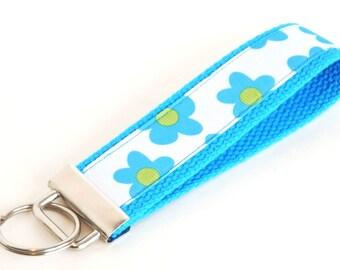 Flower Key Fob - Key Wristlet - Key Chain - Wristlet Key Fob