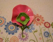 Flower Power Brooch Large Vintage Collectible Broach