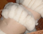 Babydoll lambswool wool roving, 4 oz.