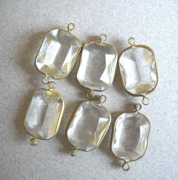 8 Vintage Lucite Beads crystal transparent gold ringed connector