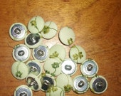 35 vintage buttons metal shank 3/4 many shades of green   embroidery lot