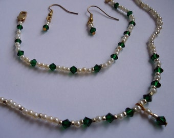 Pearl and Emerald Jewelry Set