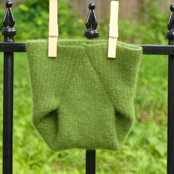 Newborn Green Cashmere Diaper Cover-- Recycled Wool Soaker