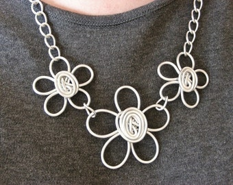 Triple Daisy Necklace - Choose Your Own COLOR