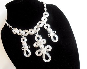 Celtic Queen Wire Work Necklace