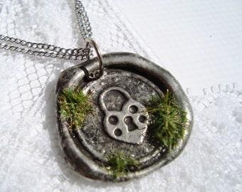 Wax Seal Pendant secret garden  heart lock WITH chain