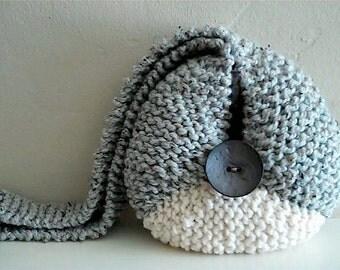 The Zingara Sling in Gray/Creme