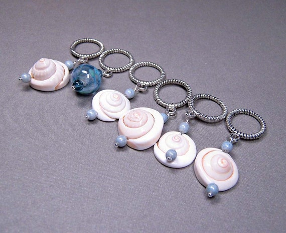 Handmade Stitch Markers - Sea Shells (set of 6/up to size 15) (SM-02)