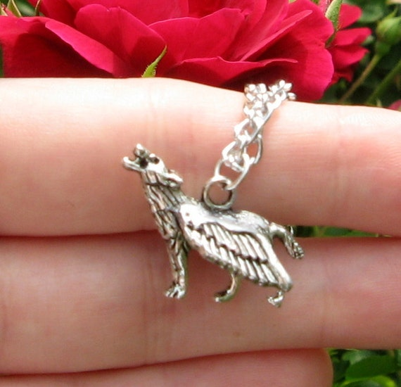 Game Of Thrones Inspired Flying Winged Dire Wolf Necklace Charm Brans Dream Summer Stark Gods Wood Children of the Forest Greensight