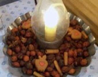 Cinnamon Potpourri in a Globe Light with Scalloped Metal Holder