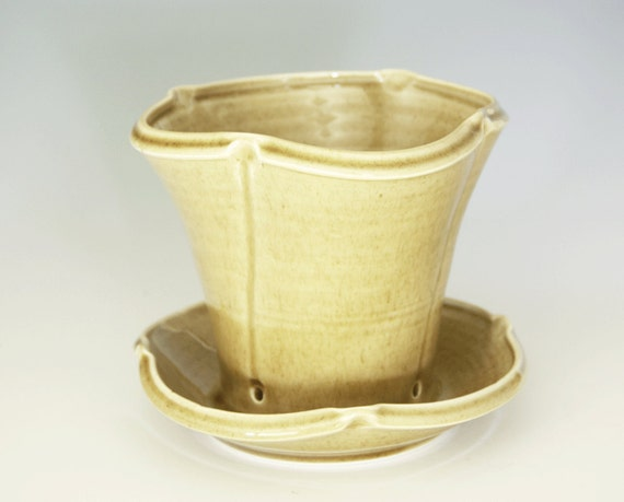 Hand Thrown Porcelain Flowerpot with Drainage in Honey Yellow