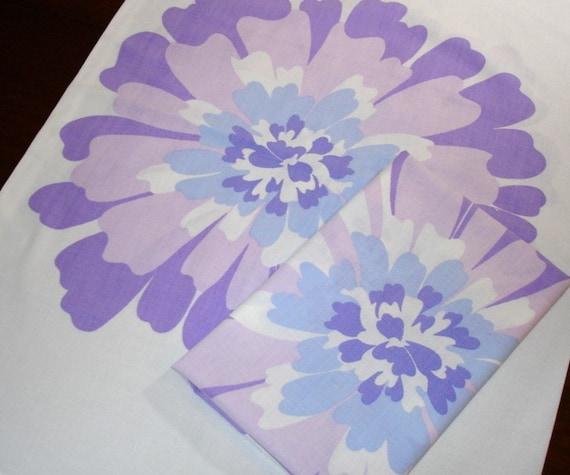 Pillowcases with Retro Flower Power Design