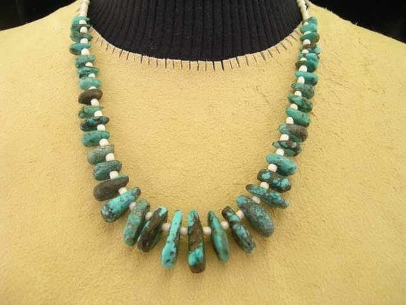 SALE  Native American Style Tear Drop Turquoise and Seed Bead Necklace