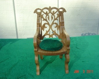 Red Oak doll house side chair