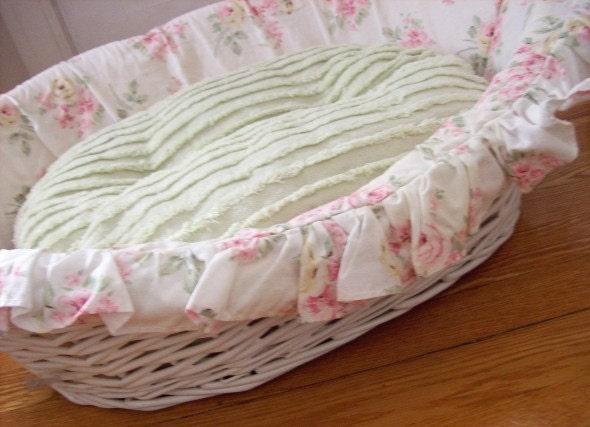 Shabby Chic Dog Bed Basket