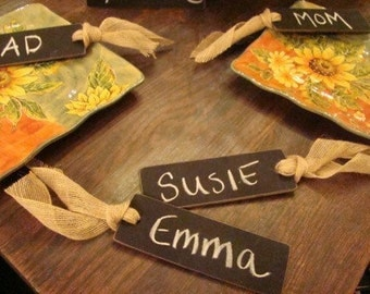 place setting mini chalkboards . . .