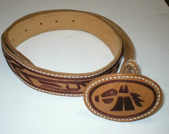 Vintage 70s tooled leather belt with leather horse belt buckle size 31-36