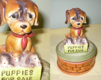 40s 50s Big eyed dog with puppies wind up music box
