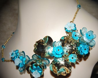 Vintage Ambrosial Beautiful Blue Floral Asymmetrical Necklace GR8