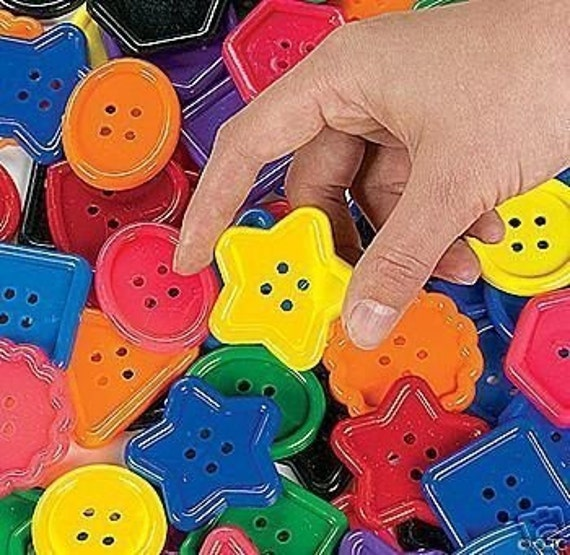 BIG CRAFT BUTTONS FOR PROJECTS OR FOR KIDS TO PLAY WITH / EDUCATIONAL ACTIVITY SHEETS INCLUDED
