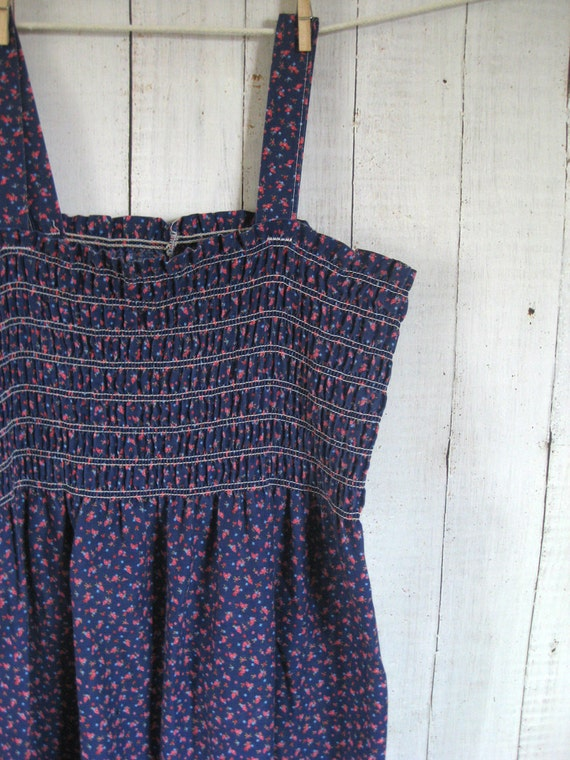 Vintage 1970s Calico Smocked Sundress - Size Large