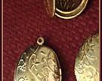 Vintage 2 Gold Plated 32x23mm Floral Lockets AR5