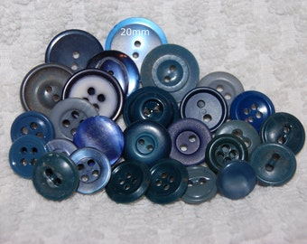 Vintage 27 BluePlastic and Casein Buttons M1L