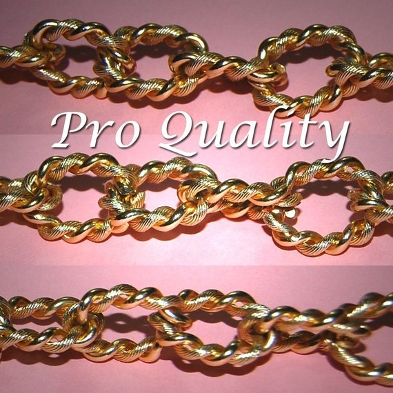 Vintage Lot of 6 Feet of Gold Plated Twisted Wire Heavy Link 22X17MM Chain EL1 117